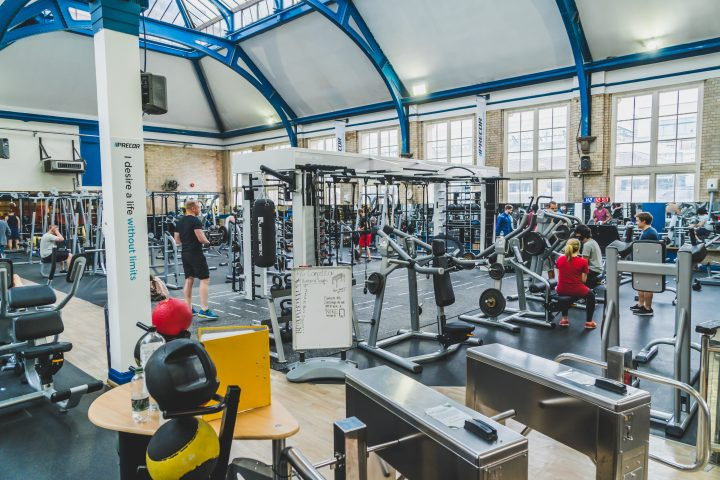 central london personal trainer trains at jubilee hall gym in covent garden
